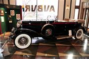 Automobile Museum Features Auburns, Cords, Duesenbergs and more (USA) - foto 36 van 279