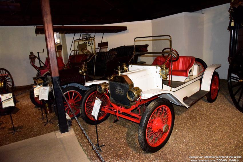 Sarasota Classic Car Museum and Vintage Motors of Sarasota - 02-04 ...